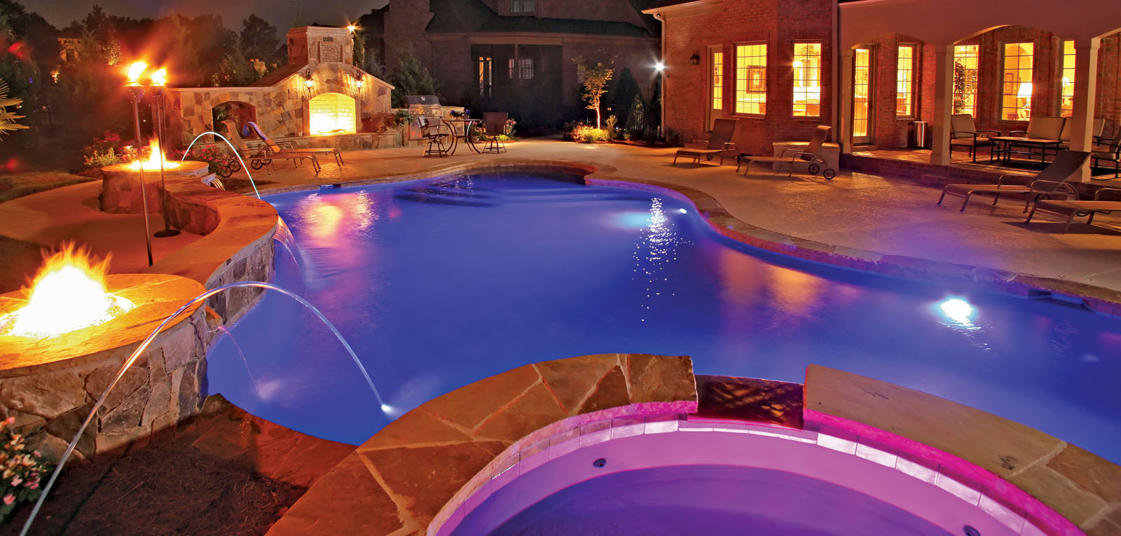 GCategoryBanner-pool-lighting (1)