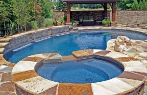 accent-boulders-on-inground-pool-100