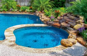 accent-boulders-on-inground-pool-240