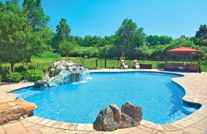 accent-boulders-on-inground-pool-270