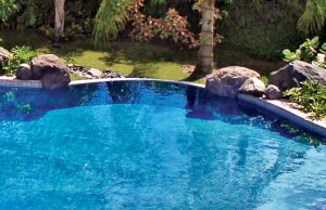 accent-boulders-on-inground-pool-340