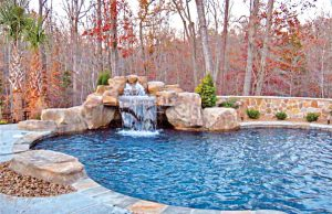 accent-boulders-on-inground-pool-500
