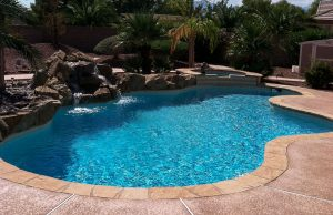 accent-boulders-on-inground-pool-530