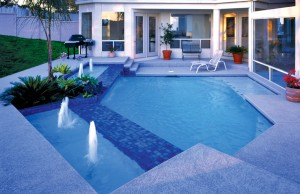 geometric pool with bubblers