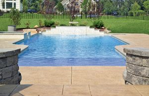 zero-beach-entry-pool-100