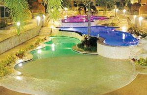 zero-beach-entry-pool-220