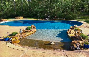 zero-beach-entry-pool-300