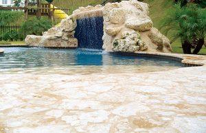 zero-beach-entry-pool-450a