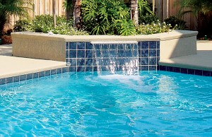 Cascade waterfall swimming pool feature