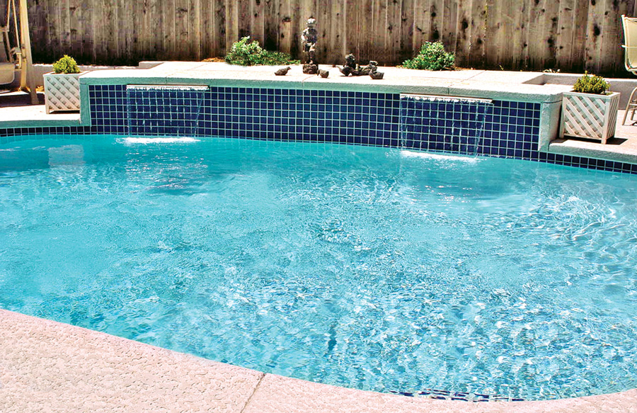 Gallery blue haven custom swimming pool and spa builders for Pool builders yuba city ca