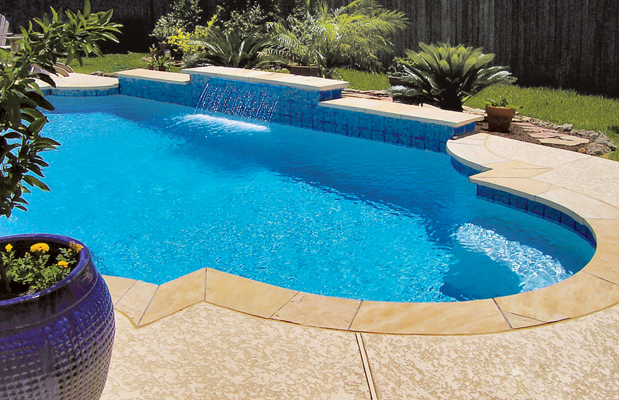 Gallery blue haven custom swimming pool and spa builders for Custom pool builder