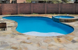 custom-swimming-pool-builder-houston-8