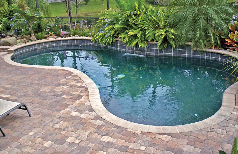 Gallery blue haven custom swimming pool and spa builders for Above ground pool decks jacksonville fl