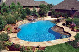 lagoon-inground-pool-300