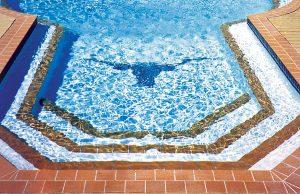 pool-mosaic-250