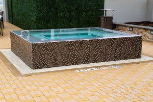 rimflow-spa-on-custom-pool-100