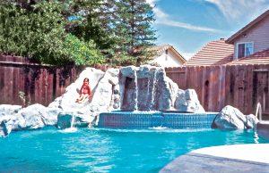 rock-grotto-inground-pool-250