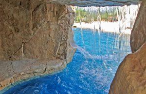 rock-grotto-inground-pool-410c