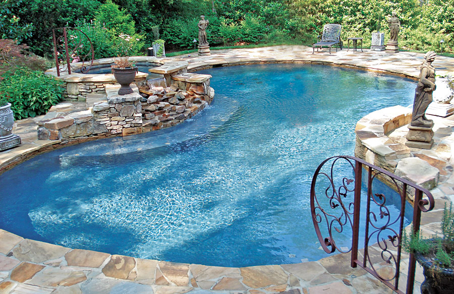 Free form pools blue haven custom swimming pool and spa for Obi easy pool