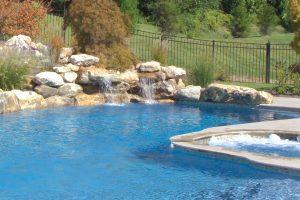 swimming-pool-jumping-rock-140