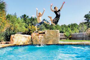 swimming-pool-jumping-rock-145