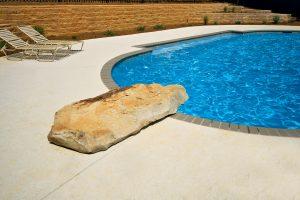 swimming-pool-jumping-rock-190