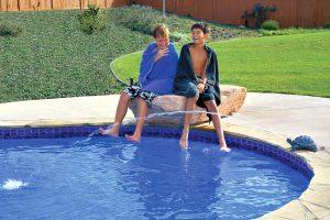 swimming-pool-jumping-rock-295