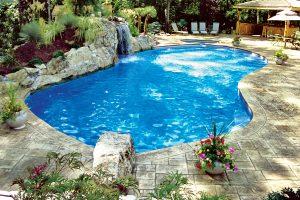 swimming-pool-jumping-rock-300