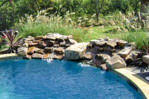 swimming-pool-jumping-rock-80