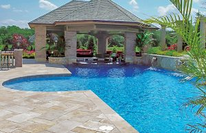 swimming-pool-swim-up-bar-210