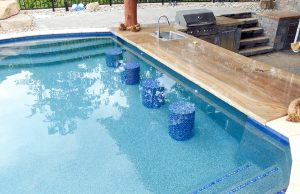 swimming-pool-swim-up-bar-270a