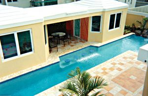 swimming-pool-swim-up-bar-310a