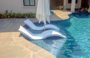 lounge-tanning-ledge-640