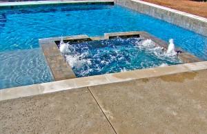 custom-swimming-pool-builder-tyler-13b